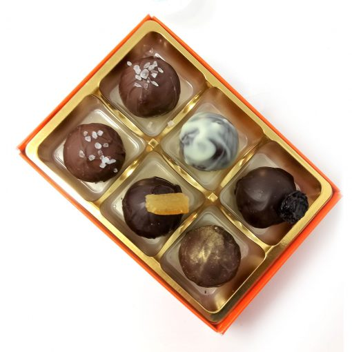 handmade-chocolatiers-assorted-selection-6